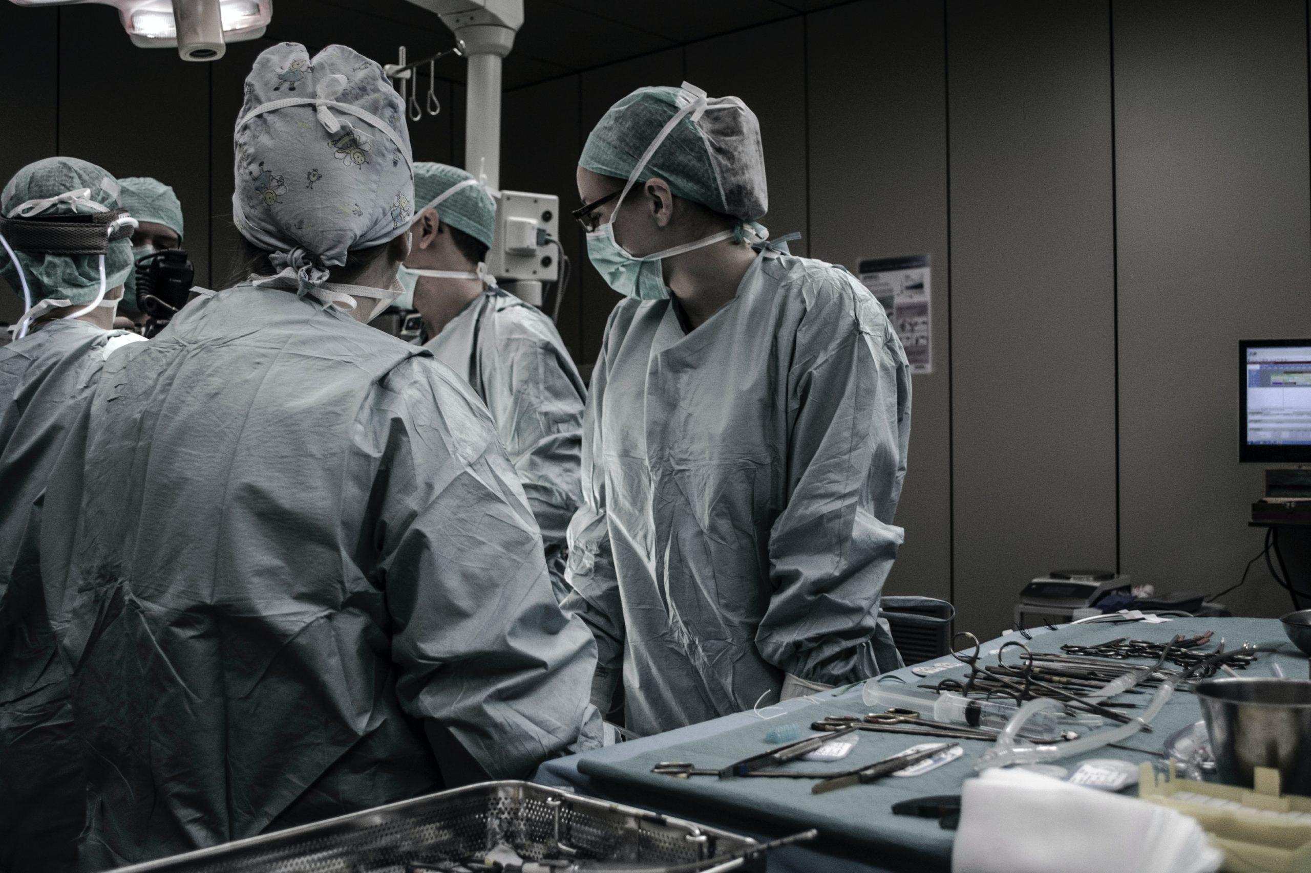 Mancano infermieri: la ricerca dell'alloggio impossibile da trovare